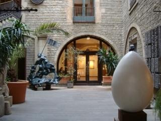 Barcelona_DhaliMuseum.jpg