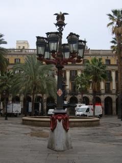 Barcelona_gaudi_Reial.jpg