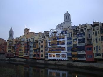 Girona04_from_Pont.de.SantAgusti.JPG